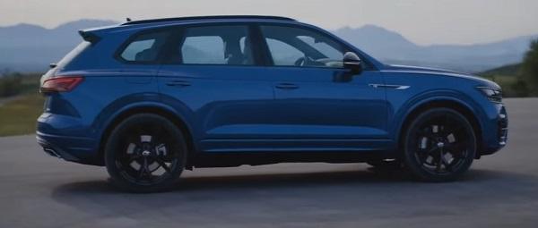 Volkswagen Tuareg R 2020.