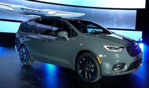 Chrysler Pacific 2021.