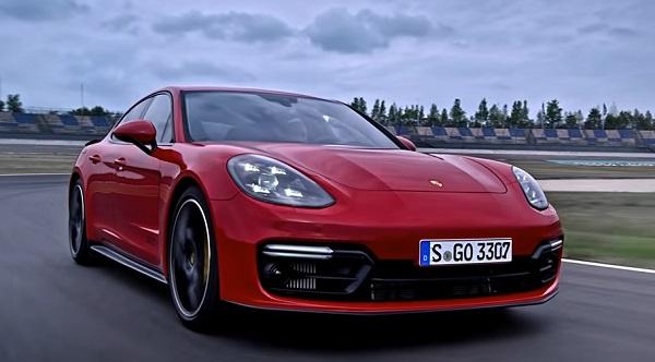 Porsche Panamera 2021.