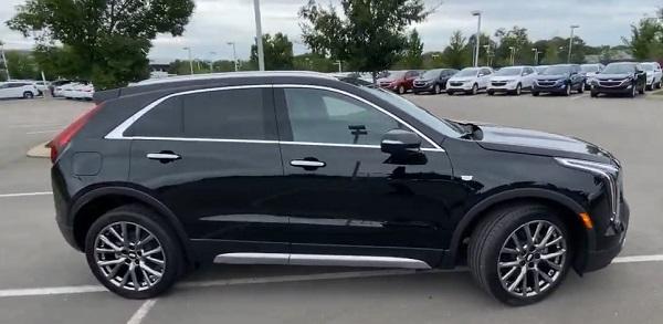 Cadillac HT4 2021.
