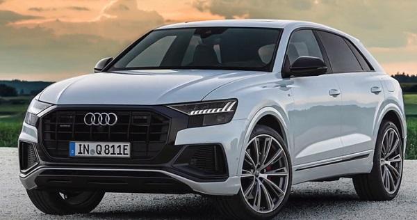 Audi Q8 2021.