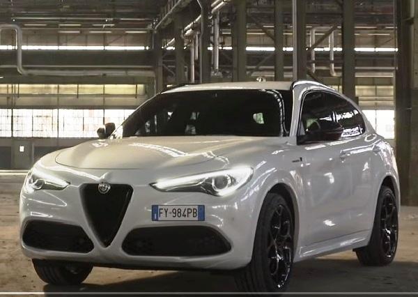 Alfa Romeo Stelvio 2021.