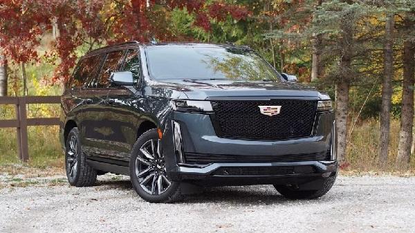 Cadillac Escalade 2022.