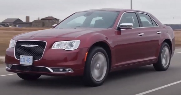 Chrysler 300C 2022.