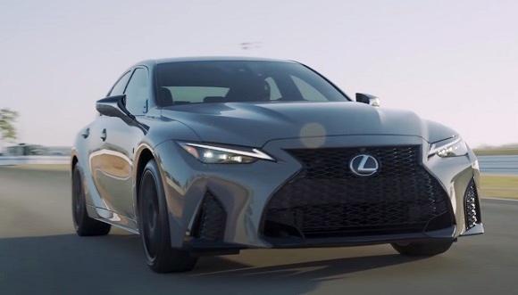 Lexus IS 500 f sport 2022.