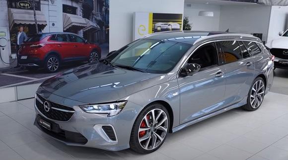 Opel Insignia 2021.