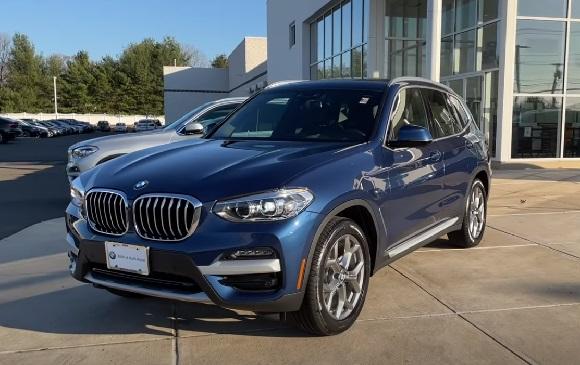 BMW X3 2021.