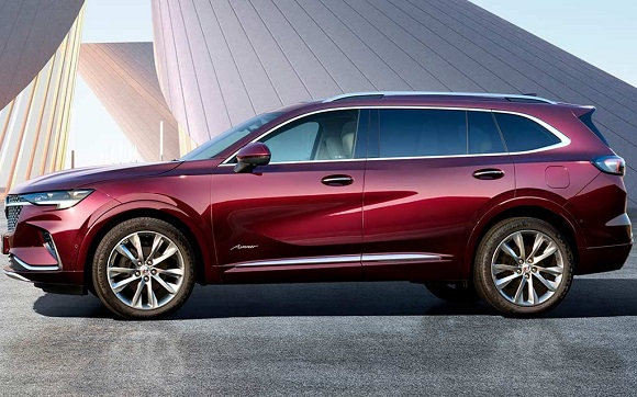 Buick Envision Plus 2021.