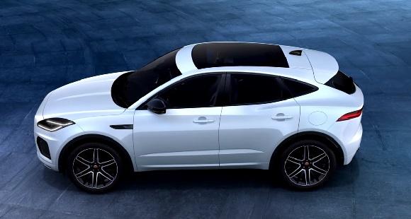 Jaguar E-Pace R-Dynamic Black 2021.