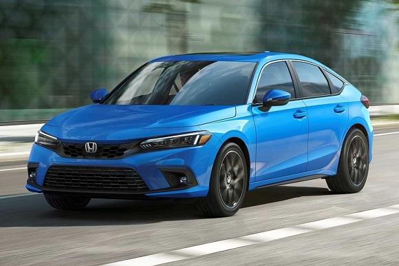 Honda Civic 5D 2022.