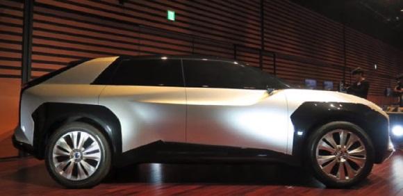 Subaru Evoltis 2022.