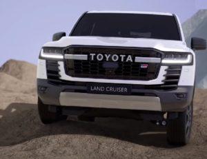 Toyota Land Cruiser 300 GR Sport 2021.