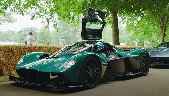 Aston Martin Valkyrie 2021.
