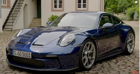 Porsche 911 992 GT3 Touring 2022.