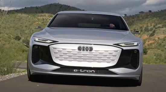 Audi A6 E-Tron 2022.